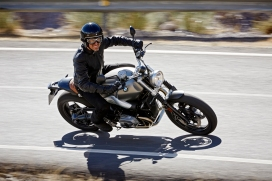 P90203096_highRes_the-new-bmw-r-ninet-
