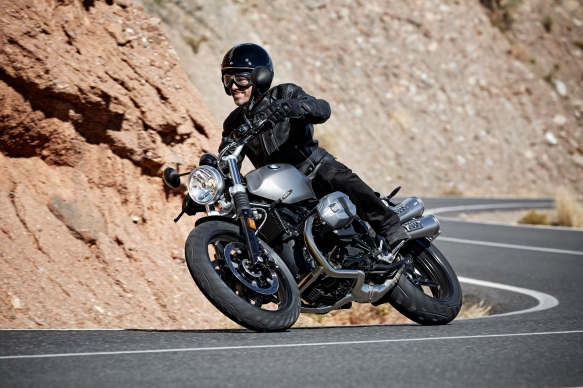 P90203098_highRes_the-new-bmw-r-ninet-