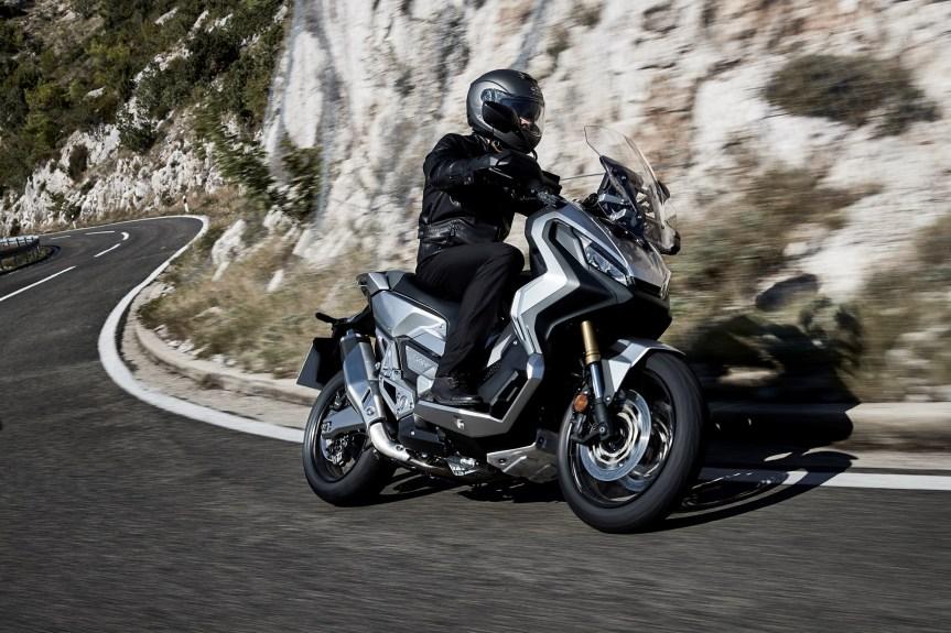 Abenteuer-SUV auf 2 Rädern: HondaX-ADV