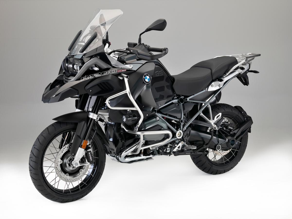 BMW Motorrad präsentiert die R 1200 GS xDrive Hybrid.