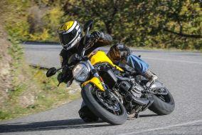 Ducati-Monster-821-2018-4-von-15-59f433af29b44