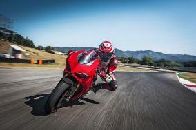 Ducati_Panigale_V4AF4Q8006-59fc187141fa2