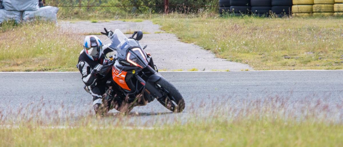 Rennstrecken-Training mit Kurvenfahrer.at