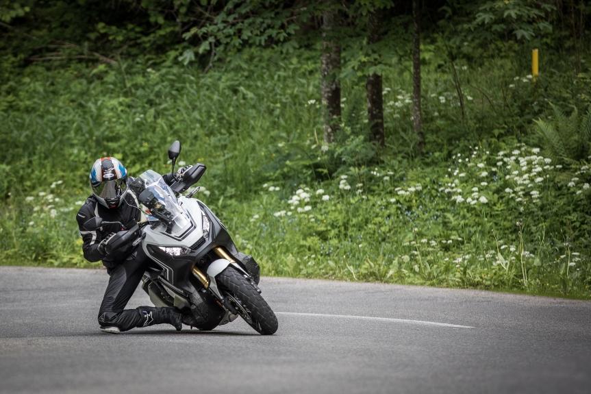 Honda X-ADV, Motorrad oderRoller?