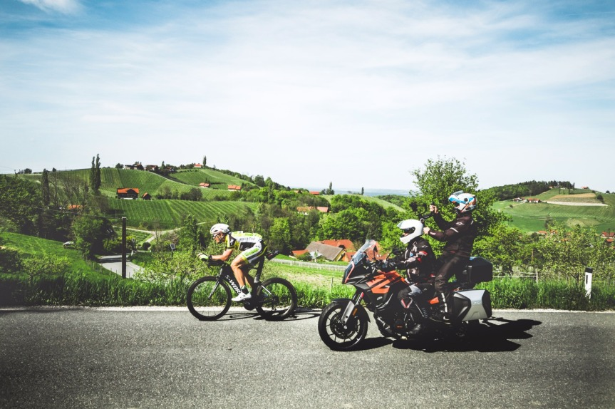 Christoph Strasser und das härteste Radrennen derWelt…